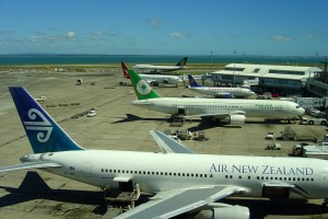 AKL_airport